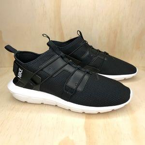 NIB Nike Vortak Black And White